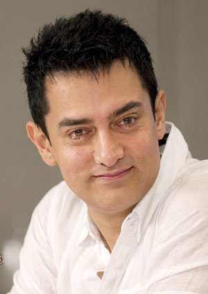 Aamir Khan to play wrestler in 'Dangal'