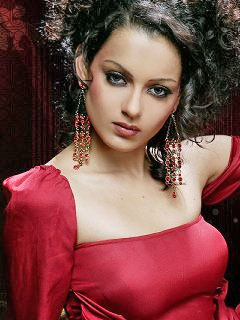 Kangana to play double role in