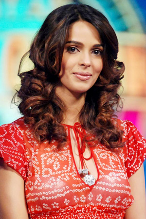 Mallika Sherawat in 'Phool Bane Angaray' Remake