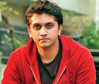 Mohit Suri to direct Chetan Bhagat's latest novel