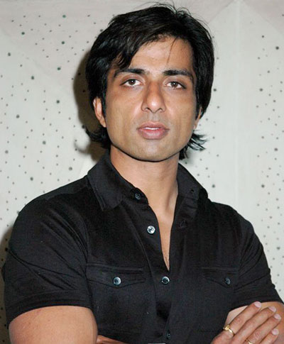 Sonu Sood thrilled with 'Happy New year' success